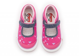 See Kai Run Sneaker Angela Hot Pink