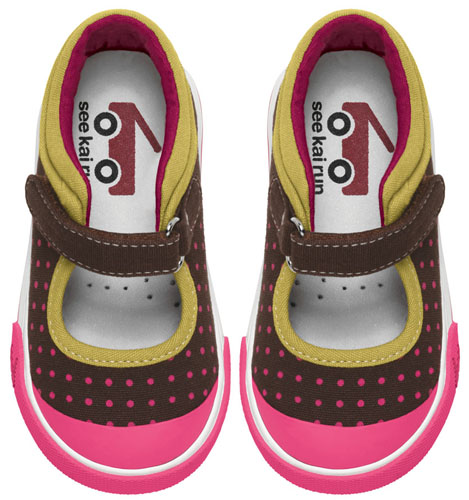 See Kai Run Sneaker Adalynn Brown